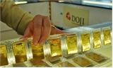Giá vàng trong nước giảm sâu, khách mua tăng