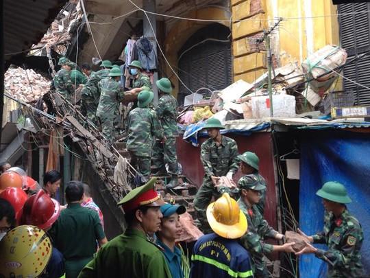 Vụ sập nhà cổ, tại 109 Trần Hưng Đạo,một nạn nhân nữ, tử vong