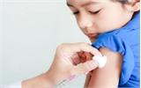 Đưa trẻ ra nước ngoài tiêm chủng, an toàn đến đâu?