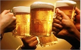 Cán bộ công chức, lao động phổ thông uống rượu bia nhiều nhất