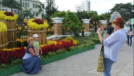 Nga khuyên người dân du lịch Việt Nam