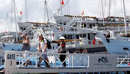 Dừng đón trả khách du lịch thăm Vịnh Hạ Long từ cảng Bãi Cháy