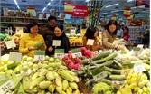 Hàng hóa Tết tại siêu thị: Cạnh tranh về giá và chất lượng