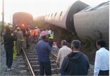 Ấn Độ: 11 toa tàu trật bánh, hơn 40 hành khách bị thương