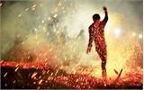 Chân trần nhảy lửa với người Dao