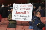 HLV Wenger từ chối nhiều CLB để gắn bó với Arsenal