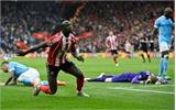 Man City thua đậm, thắp hy vọng vào Top 4 cho Man Utd