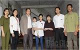 Gia đình 6 trẻ mồ côi  ở xã Mai Đình (Hiệp Hòa) được giúp đỡ hơn 1 tỷ đồng