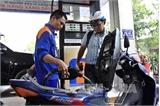 Doanh nghiệp kinh doanh xăng dầu thông báo lỗ từ 700-1.000 đồng/lít