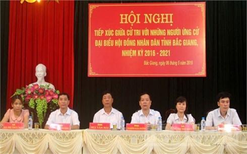 Ứng cử viên đại biểu HĐND tỉnh khóa XVIII tiếp xúc cử tri