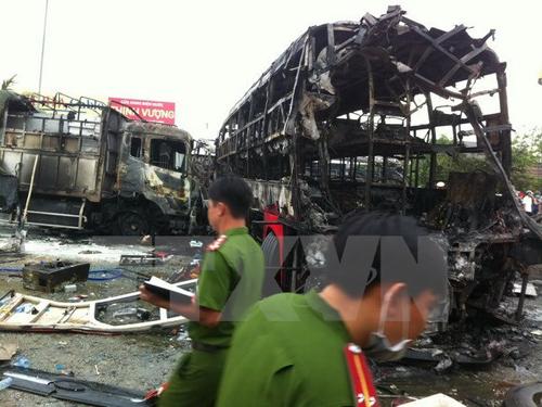 Tập trung, cứu chữa, nạn nhân, vụ cháy xe khách, kinh hoàng,  Bình Thuận