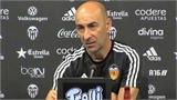 Valencia bổ nhiệm Pako Ayestaran làm HLV trưởng