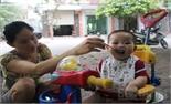Cho trẻ ăn rong: Thói quen nên bỏ