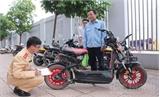 Khẩn trương đăng ký xe máy điện