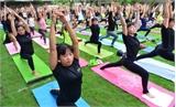 1.000 người đồng diễn yoga tại TP.HCM