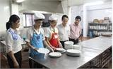 Kiểm tra bếp ăn tập thể  phục vụ kỳ thi THPT Quốc gia
