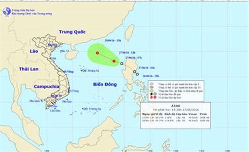 Áp thấp nhiệt đới gây mưa dông, gió giật mạnh