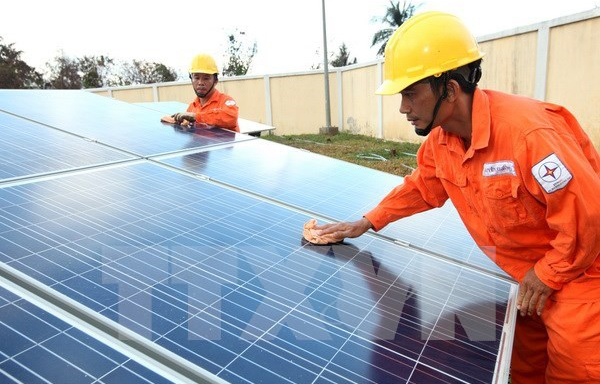 Anh, hỗ trợ , tài chính, dự án ,phát triển ,điện mặt trời, Việt Nam