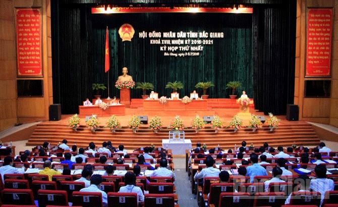 Kỳ họp thứ nhất, HĐND tỉnh khóa XVIII, nhiệm kỳ 2016-2021,  10 nhóm , giải pháp,  tập trung