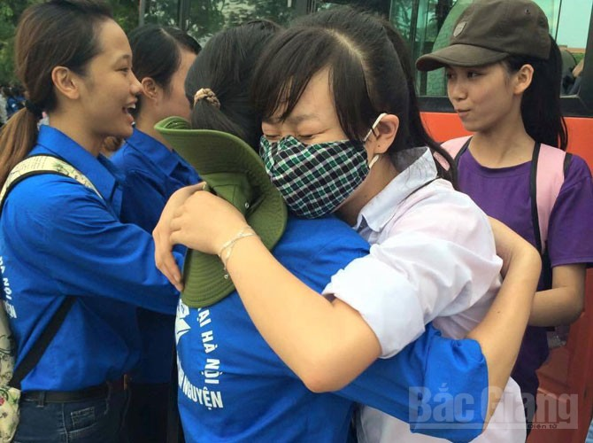 Bắc Giang, Ngày cuối, kỳ thi THPT Quốc gia 2016, Tỉnh đoàn, thanh niên tình nguyện, Em tôi đi thi, Thí sinh, Phụ huynh, Lưu luyến, kỷ niệm