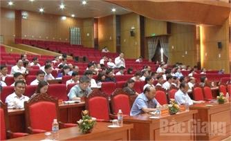 Đại biểu HĐND tỉnh chất vấn nhiều vấn đề 'nóng'