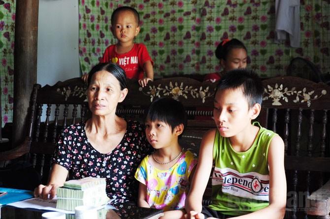 Gia đình, bà Vườn,  được giúp đỡ, hơn 150 triệu đồng