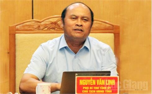 Chủ tịch UBND tỉnh Nguyễn Văn Linh: Tập trung chỉ đạo thực hiện các chỉ tiêu kinh tế- xã hội đạt thấp