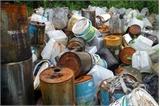 Thế giới xử lý chất thải nguy hại ra sao?