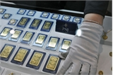 Vàng SJC giảm gần 200 nghìn đồng mỗi lượng