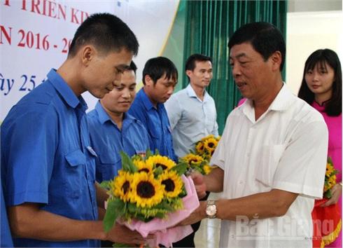 Diễn đàn 'Thanh niên Bắc Giang khởi nghiệp': Thắp lửa đam mê, khát vọng làm giàu cho giới trẻ