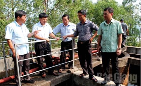 Doanh nghiệp quản lý, khai thác công trình cấp nước sạch phải thực hiện đúng cam kết
