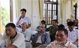 Bí thư Huyện ủy Việt Yên  tiếp xúc, lắng nghe ý kiến phản ánh của nhân dân