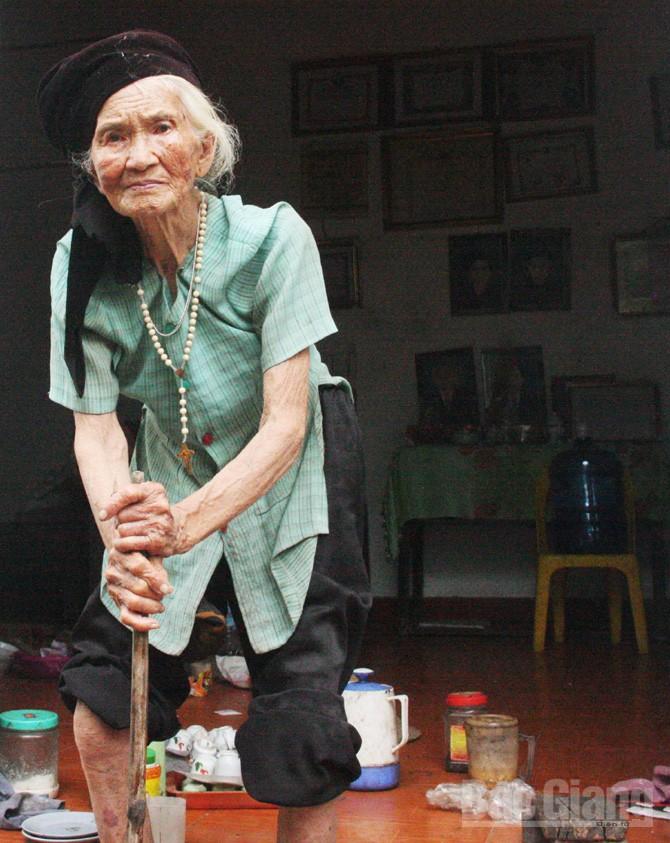 gia đình, Minh Đức, giúp đỡ, hoàn cảnh khó khăn, quan tâm