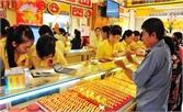 Nhu cầu yếu, giá vàng trong nước giảm nhanh