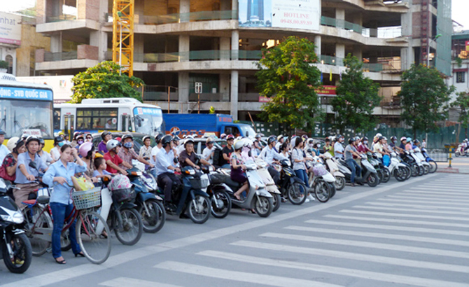 Nâng cao văn hóa giao thông cho người dân