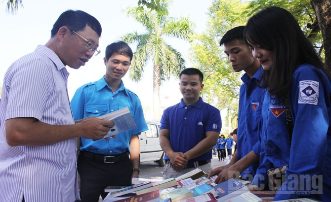 Liên hoan, CLB, tổ, đội, nhóm, Bắc Giang, khởi công, Công trình thanh niên, Chung tay bảo vệ môi trường