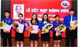 Việt Yên: Kết nạp 85 đoàn viên vào Đảng