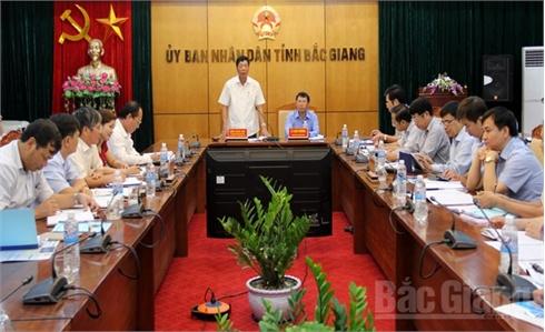 Bí thư Tỉnh ủy Bùi Văn Hải chỉ đạo: Tập trung phát triển đối tượng tham gia bảo hiểm y tế