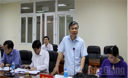 Thứ trưởng Bộ Nội vụ Nguyễn Trọng Thừa làm việc tại Bắc Giang