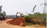 Khai thác đất san lấp mặt bằng trái phép bị phạt 60 triệu đồng