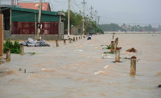 Heavy rains flood thousands of houses in Central locales