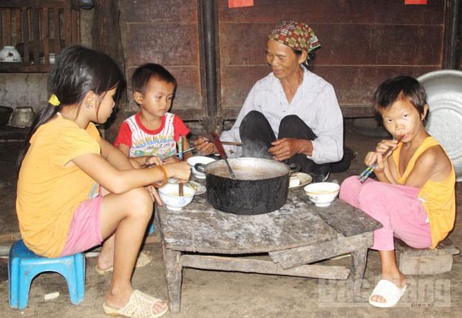 Hoàn cảnh, thương tâm, 4 bà cháu, Yên Định, Sơn Động