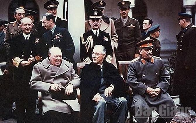 Vụán, ám sát, bất thành, Stalin, Roosevelt, Churchill, Đức Quốc xã
