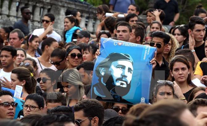 Fidel Castro, lãnh tụ, huyền thoại, người bạn lớn, nhân dân Việt Nam
