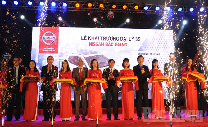 Khai trương, đại lý 3S Nissan, Bắc Giang