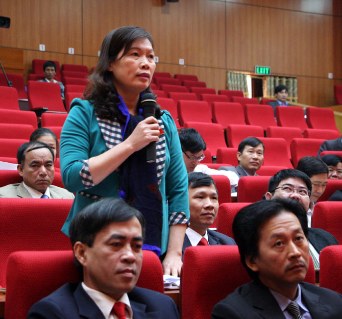 Ngày làm việc thứ 2, HĐND tỉnh, Bắc Giang, trả lời chất vấn, làm rõ, bất cập, quản lý, môi trường, nông nghiệp