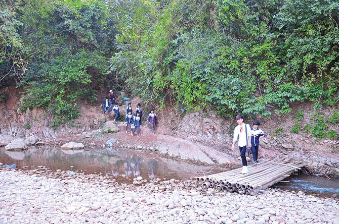 Nhọc nhằn trọ học ở Tân Sơn