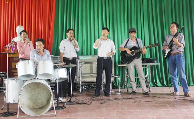 Ban nhạc,  nông dân, điểm hẹn,  giao lưu, gặp gỡ, Dĩnh Trì, TP Bắc Giang