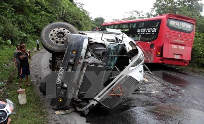 người chết,  tai nạn giao thông, ngày đầu, năm mới, 2017