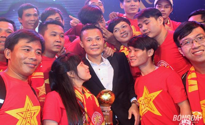 Thành Lương, lập kỷ lục, 4 lần, giành, Quả bóng Vàng